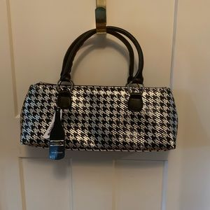 Other - Wine clutch silver and black